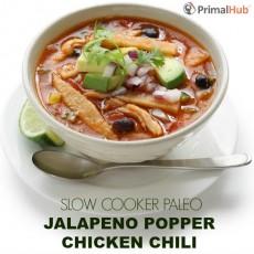 Slow Cooker Paleo Jalapeno Popper Chicken Chili #paleo #jalapeno #chicken #chili #healthy #slowcooker #soup #dinner